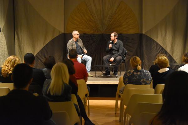 Projekcija dokumentarnog filma ''Na vodi'' i razgovor s autorom Goranom Devićem